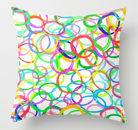 circles pattern design cushion
